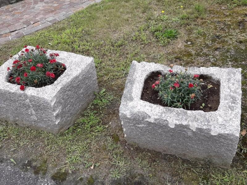 Beole e serizzi pelganta giorgio pietre naturali a prezzi for Pietre arredo giardino