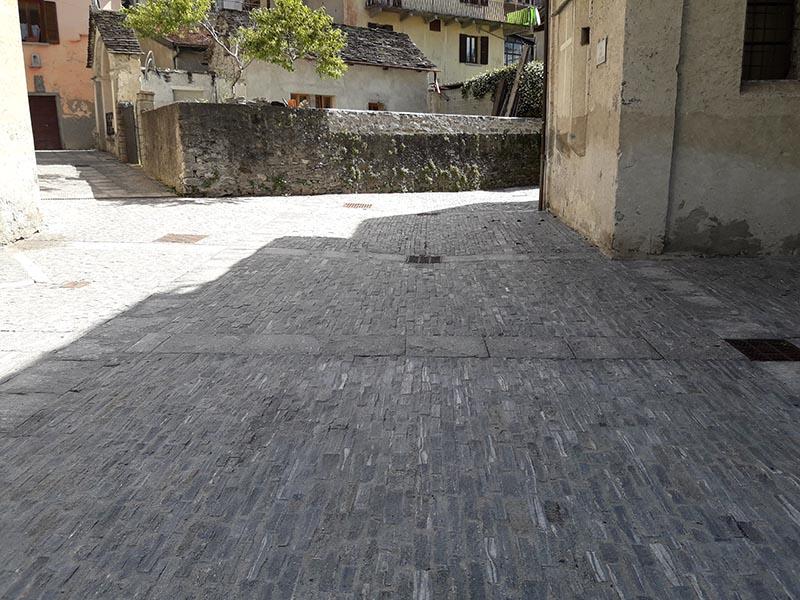 Vendita cubetti o selciato per pavimenti da esterno in for Prezzo al piede quadrato per costruire un garage