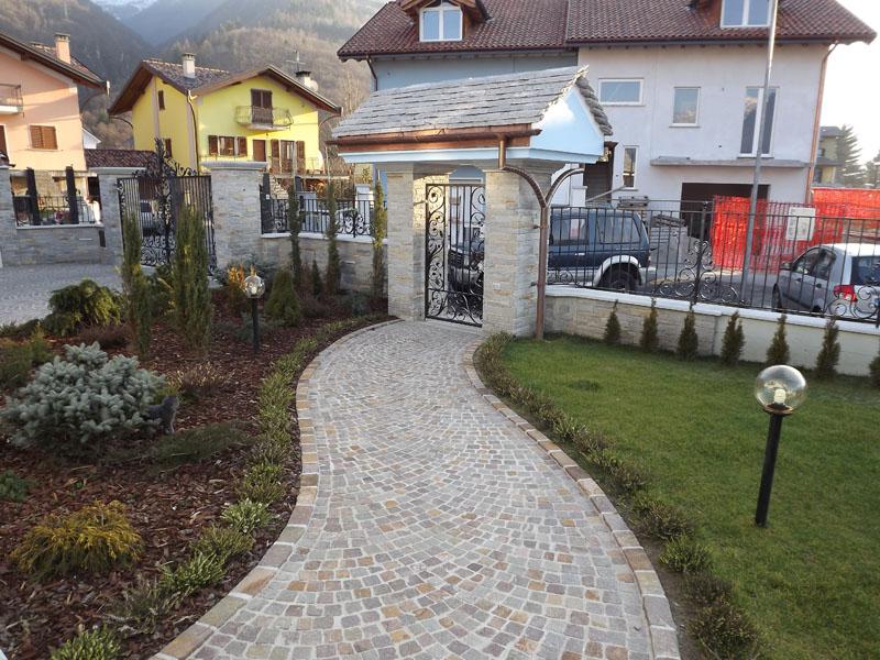 Vendita cubetti o selciato per pavimenti da esterno in for Ciottoli di pietra bianca per giardino prezzo