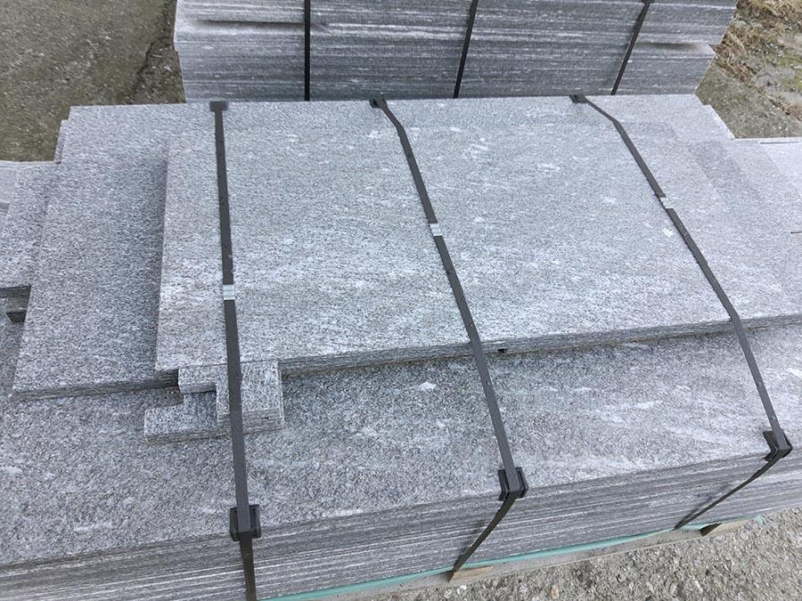 Soglie pietra affordable come pulire la pietra serena with soglie pietra davanzali e soglie in - Pietra per soglie finestre ...